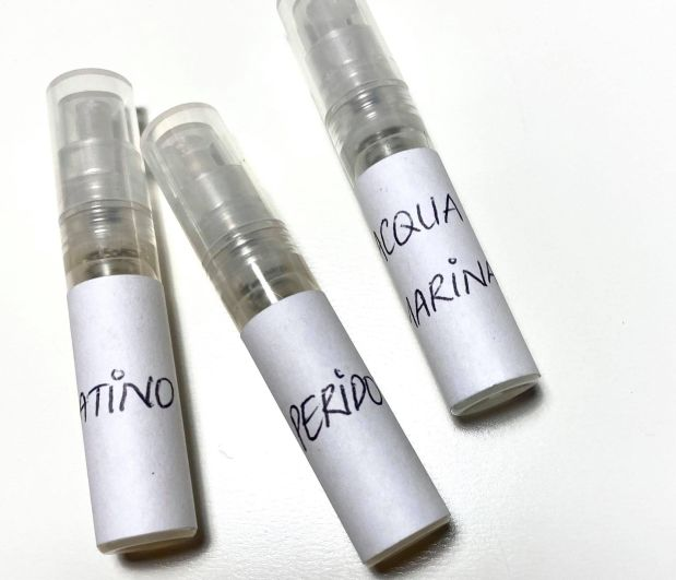 Omnia Profumi. Three Samples.