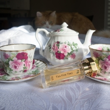 Rusty and L'Artisan Parfumeur Tea for Two